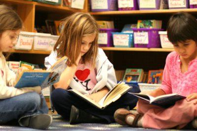 Dạy trẻ thói quen đọc sách mỗi ngày